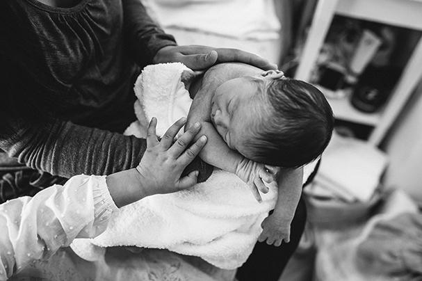 Reportaje recién nacido en casa valencia
